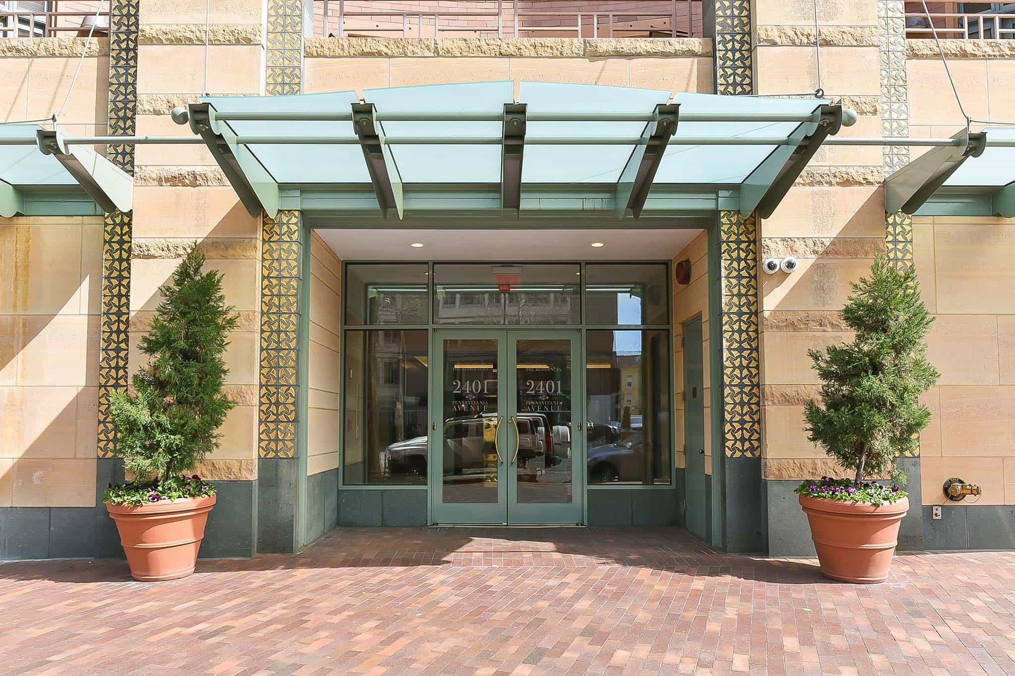 2401 Pennsylvania Avenue entrance